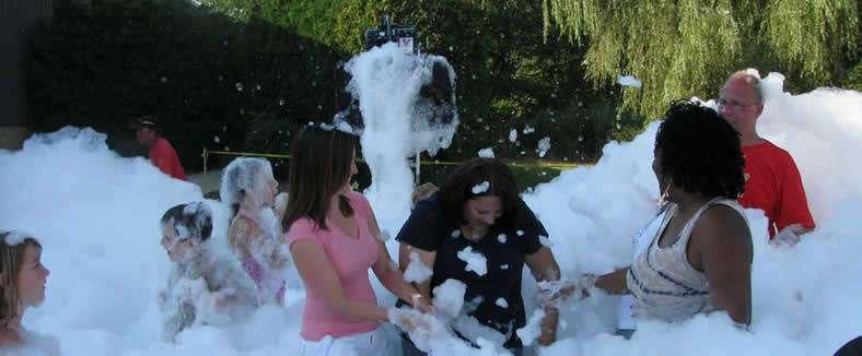 adults_foam_party
