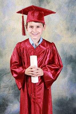 how to throw a graduation celebration