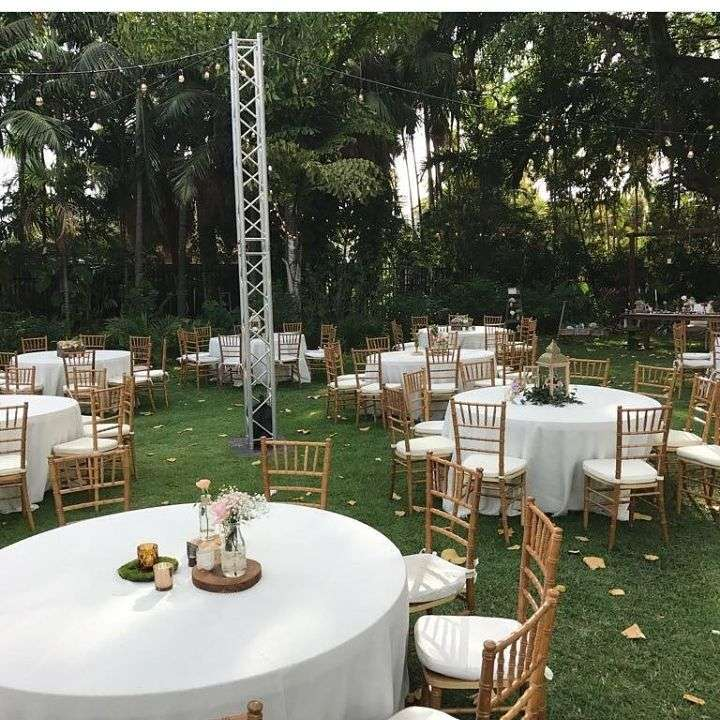 wedding-rentals-miami-tables-chairs