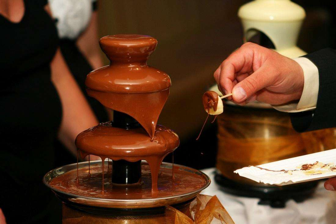 pick the right place where you can set up the chocolate fountain safely