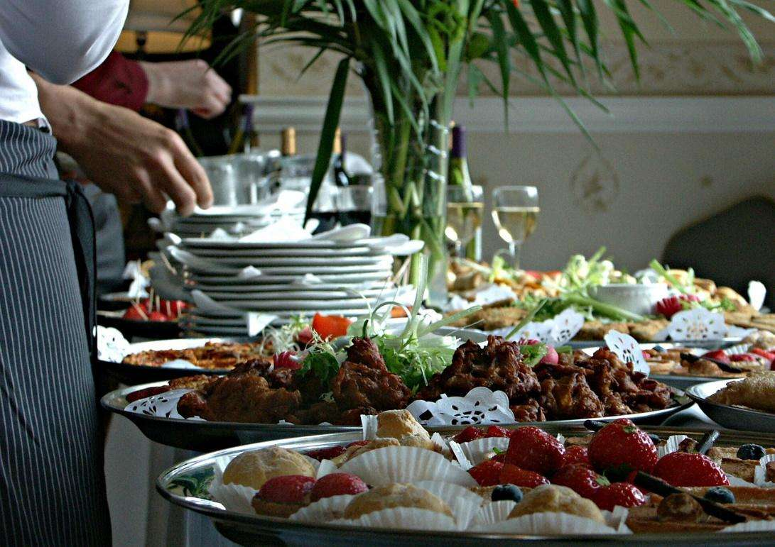 the best catering information from party rentals miami top experts